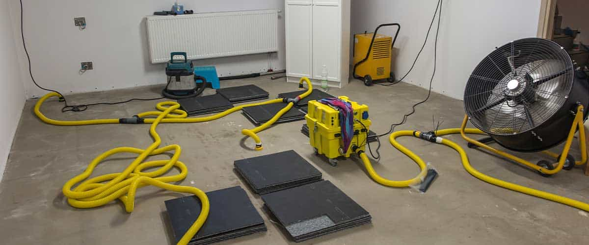 Air Movers to Dry Out Floor